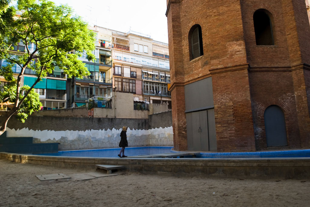 Spain, Barcelona. The Gardens and Public Courtyards: the swimming pool at La Torre de les Aigües, the first patio returned to the public.