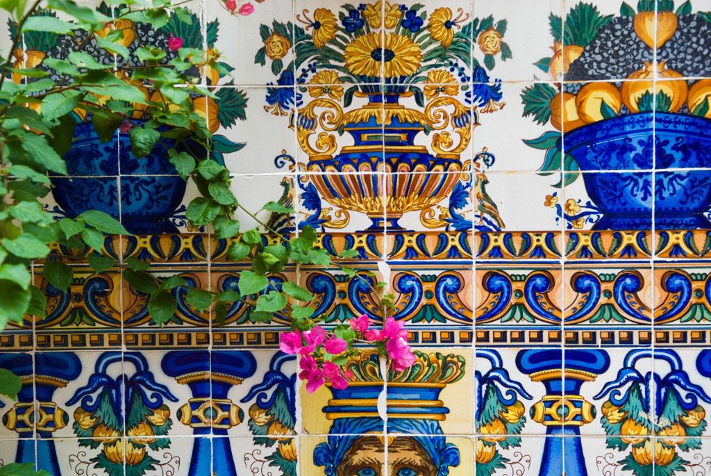 Spain, Barcelona. The Gardens and Public Courtyards: the peaceful courtyard behind the shop Vinçon (Paseo de Gracia).