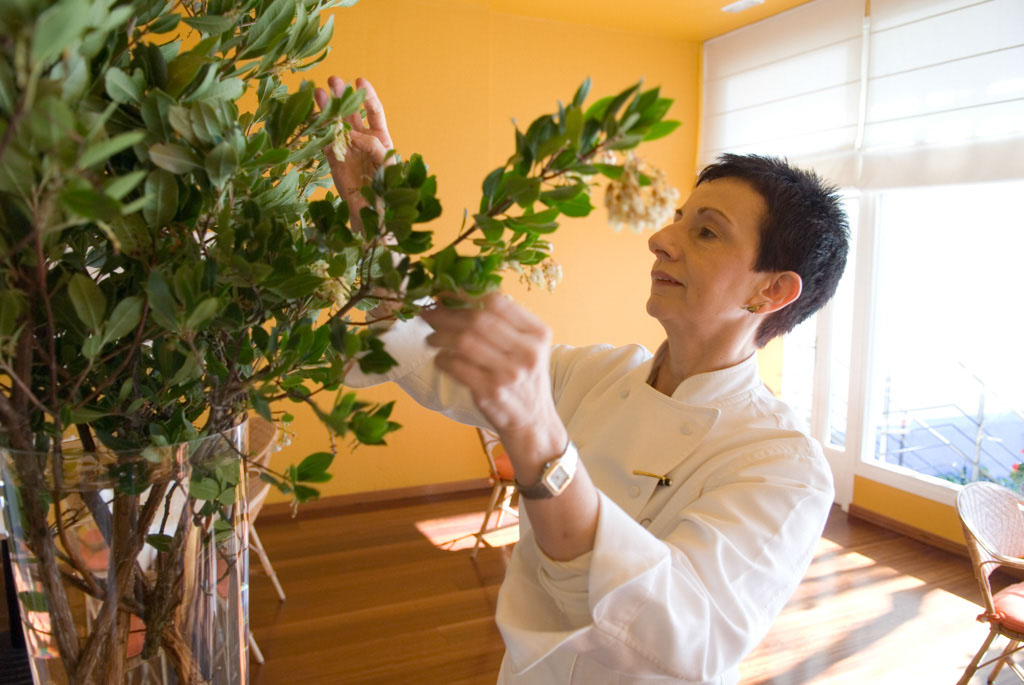 every details is important, Ms. Ruscalleda gives her personal touch at the dininig room in front of the see.