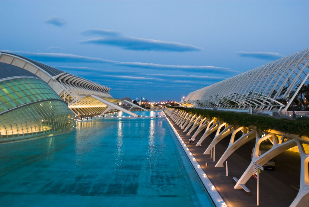 The HemisfËric (IMAX cinema), the PrÌncipe Felipe Science Museum and the Umbracle (a car park), City of Arts and Sciences, Valencia, Spain.