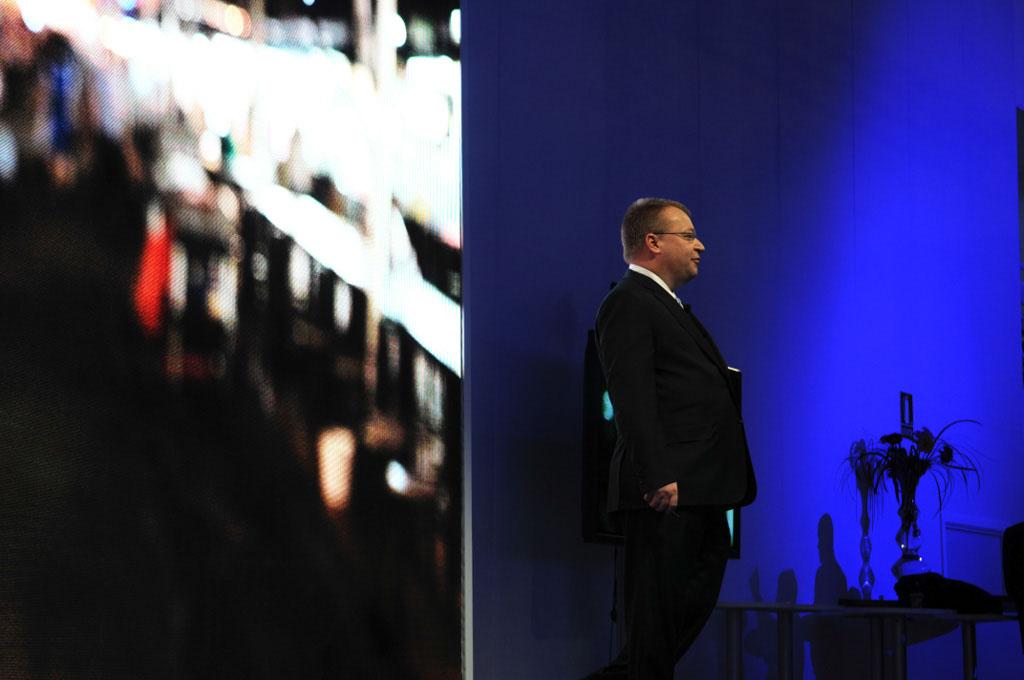 Nokian toimitusjohtaja Stephen Elop lehdistotilaisuudessa Mobile World Congressissa Barcelonassa.