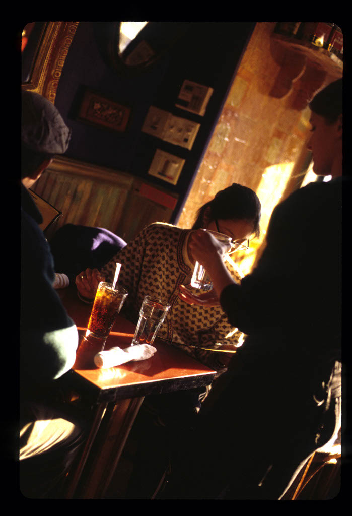people_elephant_restaurant